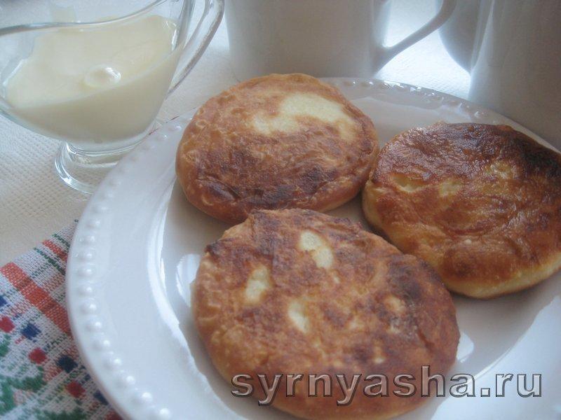 Нежные сырники без разрыхлителя теста и соды: фото 7