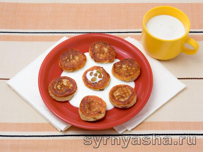 Сырники с изюмом: фото 4