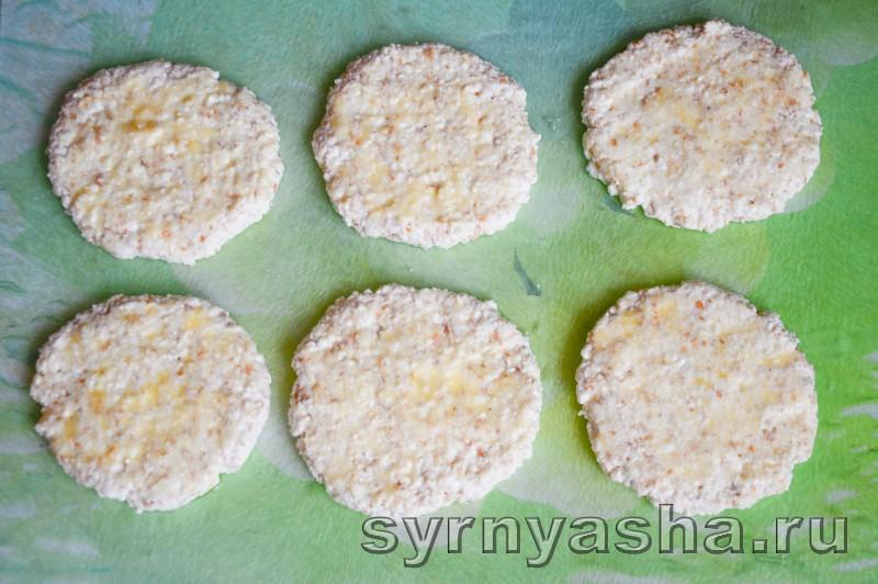 Сырники с овсяными хлопями без муки в духовке: фото 8