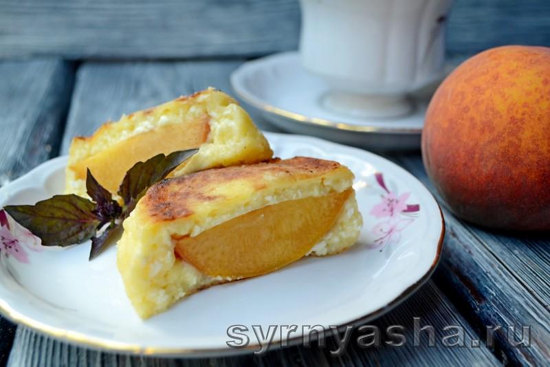 Сырники с персиковым сюрпризом в духовке