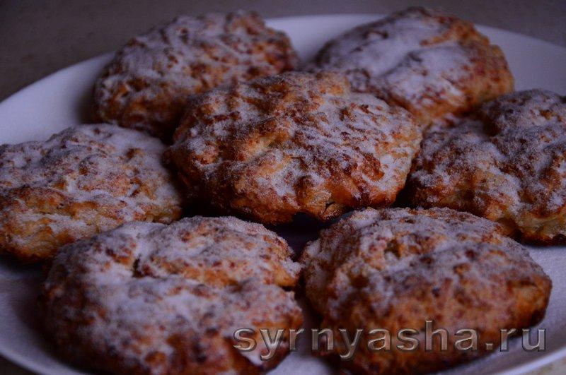 Сырники с яблоками в духовке: фото 10